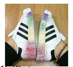 Adidas super star Adidas Superstar, Zapatillas Super Star, Adidas Fashion, Fashion Shoes, Adidas Outfit, Adidas Sneakers, Basket Style, Stilettos, Baskets