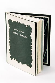 Black and white beauty Leather binding by Elise Marquet