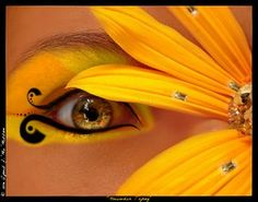 sunflower; lovely.  I would love to be able to do something like this.  I find it extremely cute.
