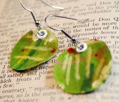 DIY: making paper earrings using Ultra Thick Embossing  Enamel (UTEE) by Julie Balzer #tutorial #crafts #jewelry