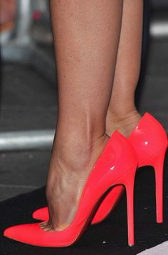 Jessica Biel's High Heels ...XoXo