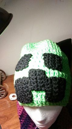 Minecraft Creeper Beanie by MariasHandmadeDesign on Etsy