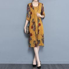 Specification: Sleeve Length:Half Sleeve Neckline:O-Neck Color:Yellow Style:Vintage Length:Knee Pattern:Printed Material:Cotton Season:Summer Package included: 1*Set