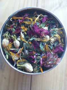 Floral Spring Cleansing Herbal Tea...ease the body during the transtion from winter to spring!