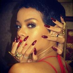 Rihanna Nails red nails stiletto nails by CrystalNailBoutique Almond Shape Nails, Almond Nails, Stiletto Nails, Glam Nails, Pointed Nails, Hot Nails, Hair And Nails, Rihanna Nails, Rihanna Fenty