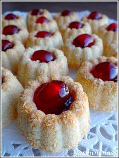 Desserts With Biscuits, Mini Desserts, Cookie Desserts, Easy Desserts, Dessert Recipes, French Macaroon Recipes, French Macaroons, Aid El Adha, Cake Cookies