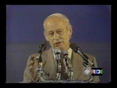▶ Référendum Québec 1980 - Discours de René Lévesque - YouTube Of Montreal, Canada, Old Photos, Street Art, Memories, Images, Hair, Satchel, Politics