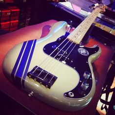 Fender Precision Antigua Limited Edition Custom bye bye! #fender #precisionbass #antigua #racingstripes