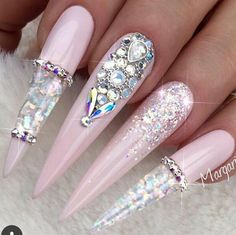 Beautiful nails by ✨Ugly Duckling Nails page is dedicated to promoting quality, inspirational nails created by… Sparkle Nails, Glam Nails, Dope Nails, Fancy Nails, Bling Nails, Pretty Nails, Bling Nail Art, Best Acrylic Nails, Acrylic Nail Designs