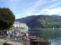 Zell Am See Ufer Promenade Grand Hotel - Austria Latina, Austria, Places To Travel, Travel Destinations, Travel Tips, Zell Am See, Travel Store, Relaxing Places, Grand Hotel