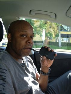 Rapper Too $hort using his #DaVinciVaporizer!