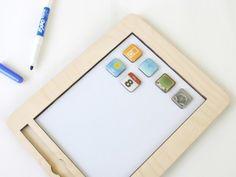 otsune:  木製のiPad、アイコン6個付き «WIRED.jp 世界最強の「テクノ」ジャーナリズム