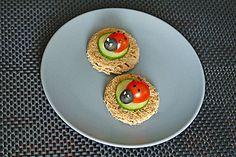 Tomaten-Marienkäfer, ein tolles Rezept aus der Kategorie Party. Bewertungen: 4…