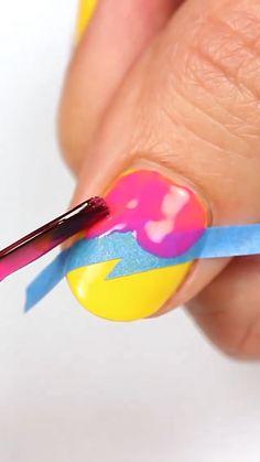 Nail Art Designs Videos, Creative Nail Designs, Simple Nail Art Designs, Nail Art Videos, Best Nail Art Designs, Gel Nail Designs, Beauty Hacks Nails, Nail Art Hacks, Nail Art Diy