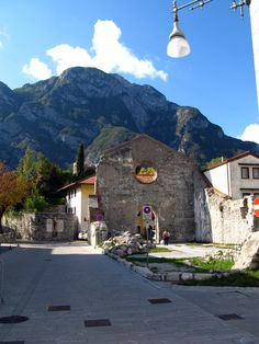 venzone italy | File:Venzone City 04.JPG - Wikipedia