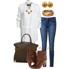 Tunic top. White after Labor Day. Jeans. Boots. Gold jewelry. Fall fashion. Fall outfits. Fashion for women over 40. OOTD. Comfy clothes. Cute clothes.
