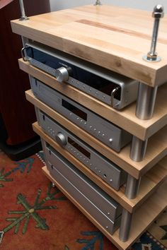 mein Rack   - HiFi Forum Mod Furniture, Wooden Pallet Furniture, Diy Hifi, Hifi Regal, Hifi Stand, Sound Room, Audio Rack, Media Room Design, Small Wood Projects