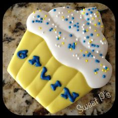 Puffy frosting and royal icing transfers Cookie Frosting Recipe, Icing Frosting, Icing Recipe, Frosting Recipes, Cute Cookies, Sugar Cookies, Royal Icing Transfers, Cookie Decorating, Decorating Tips
