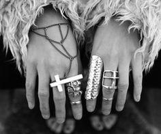love lots of rings