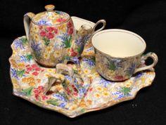 Great Grimwades Royal Winton Marguerite Chintz Porcelain Breakfast Tea Set | eBaY  Missing sugar bowl.