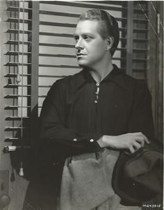 """Original, vintage photo of Nelson Eddy. Back of the photo is dated April 28, 1935 with this notation: """"Nelson Eddy"""" in 'Naughty Marietta' at Loew's Theaters."""" - ESCANO COLLECTION"""