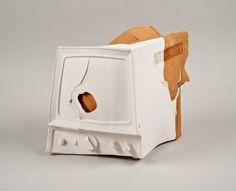 Distortion Effect from Shlomit Bauman: Run Out Ceramics Run Out, Unusual Art, Ceramic Materials, Distortion, Sculptures, Objects, Porcelain, Clay, Ceramics