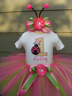 Custom Tutus..LADY BUG LOVE tutu set, size 3,6,9,12,18,24 months and 2T,3T,4T,5T,6..costume, ladybug, dress up, fairy, birthday party