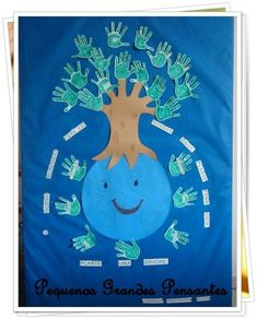 Earth Day bulletin board with thank you notes to the Earth. Earth Day Activities, Indoor Activities For Kids, Preschool Activities, Preschool Classroom, Classroom Decor, Tree Day, Earth Day Crafts, Environment Day, Crafts For Kids To Make