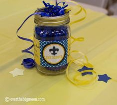Idea could be use for Girl Scouts.....Blue & Gold Centerpiece w/Printables