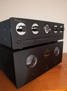 In honor of its 20 anniversary, Vincent Audio went all out with a premium piece of audiophile gear that really shows the best of the German innovator's expertise. Vincent has engineered a fitting jubilee model – the very special SP-20. This is a studio-quality hybrid power amplifier based at its core on one of Vincent's most successful models, the SP-331 MK. But the SP-20 goes all out finessing the SP-331 MK's presentation, from its distinctive cosmetic appearance to its hard working…