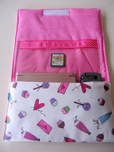 My Blonde Ambitions: Nintendo DS Case tutorial (if you can call it that :)