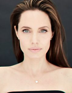 Angelina Jolie Angelina Jolie Pictures, Angelina Jolie Style, Brad Pitt And Angelina Jolie, Jolie Pitt, Most Beautiful Women, Simply Beautiful, Felt Bows, Portraits, Movie Wallpapers
