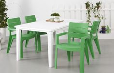 Plastic doesn't have to be boring, this striking green and white Ibiza dining set is maintenance-free and looks great in any garden. Fresh, crisp and original - just how we like it.