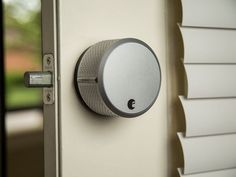 August's smart lock and doorbell are now easier to use - CNET