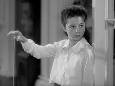 Virginia Weidler - as Dinah Lord--- Katherine Hepburn's precocious little sister in 'The Philadelphia Story' 1940 She was great. The Philadelphia Story, Katharine Hepburn, Turner Classic Movies, Classic Films, Cary Grant, Classic Hollywood, Old Hollywood, Hollywood Actresses, Metro Pictures