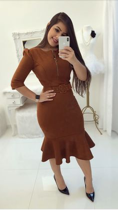 Lovely fashion summer dresses ideas ways to wear fashion chic dresses Trend Fashion, Work Fashion, Modest Fashion, Fashion Dresses, Fashion Looks, Classy Dress, Classy Outfits, Chic Outfits, Dress Outfits