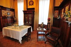 Private dining room of the Romanov family, Livadia Palace.
