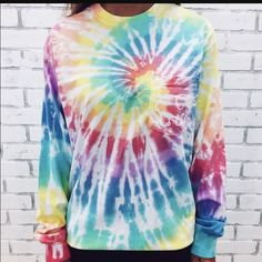 Ivory Ella Tie Dye size L sold out online. size L. oversized. it's too big for me. price is firm Ivory Ella Tops Tees - Long Sleeve