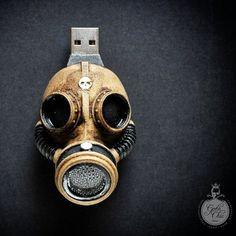 32 Gb USB Flash drive - Hand made Steampunk GAS MASK
