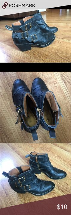 Black Booties with Buckles Good condition, originally from Nordstrom rack. Really cute with the buckles and cut outs! Super super comfy and perfect for fall or a night out. Report Shoes Ankle Boots & Booties