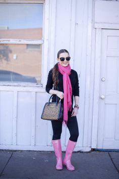 Pink Rain  Hunter, Rainy Day, Casual style, Basics, Woman's Fashion, Fashion Style, Pink, Black, Boots, Rain boots, Leopard, Vera Bradley, David Yurman, Outfit Ideas, Outfit Inspiration, OOTD