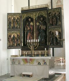 Triptych altar