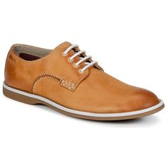 If there's one pair of derbies that you'll want to have in your wardrobe, it has to be the Farli Walk Brown from #ClarksMenShoes. Find great deal at spartoo.co.uk - Price £ 61.60