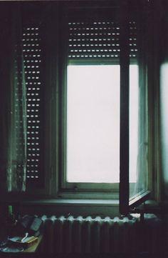 window (by jana.vukomanovic)