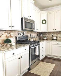 Classic Kitchen, Farmhouse Style Kitchen, Home Decor Kitchen, Rustic Kitchen, New Kitchen, Kitchen Ideas, Kitchen Inspiration, Kitchen Designs, Kitchen Hacks