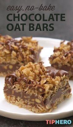 It doesnt get easier than this! True to the name, these delicious No-Bake Chocolate Oat Bars require zero baking to make, just butter, . Just Desserts, Delicious Desserts, Easy Healthy Desserts, Healthy Sweet Treats, No Bake Desserts, Vegan Desserts, Healthy Tips, Healthy Eating, Baking Recipes