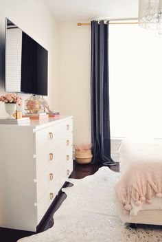 Learn how to make over the Ikea Malm dresser in a couple of simple steps! This is a super easy hack that will transform your Ikea Malm dresser from blah Ikea Malm Dresser, Bedroom Dressers, Girls Bedroom, Bedroom Decor, Preppy Bedroom, White Dressers, Bedroom Ideas, Feminine Bedroom, Clean Bedroom