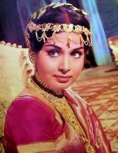With a tradition lasting over a hundred years, Hindi cinema has seen countless highs and lows. Bollywood is not just a film industry. Bollywood Photos, Indian Bollywood Actress, Indian Film Actress, Bollywood Stars, Bollywood Fashion, Indian Actresses, Indian Celebrities, Bollywood Celebrities, Bengali Bride