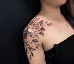 Mom Tattoos, Small Tattoos, Tatoos, Shoulder Tattoos For Women, Shoulder Arm Tattoos, Floral Tattoo Design, Tattoo Designs, Ink Tattoo Studio, Crab Tattoo