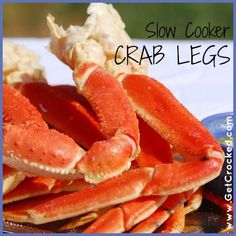 Crock Pot Crab Legs - Yes, you can make Crab Legs in your Crock Pot! It's actually very simple and once you make them you probably won't ever order crab legs at a restaurant again. I buy crab legs when they are on sale at my local grocer Crock Pot Food, Crockpot Dishes, Crock Pot Slow Cooker, Slow Cooker Recipes, Crockpot Recipes, Cooking Recipes, Crock Pots, Healthy Recipes, Cooking Ideas